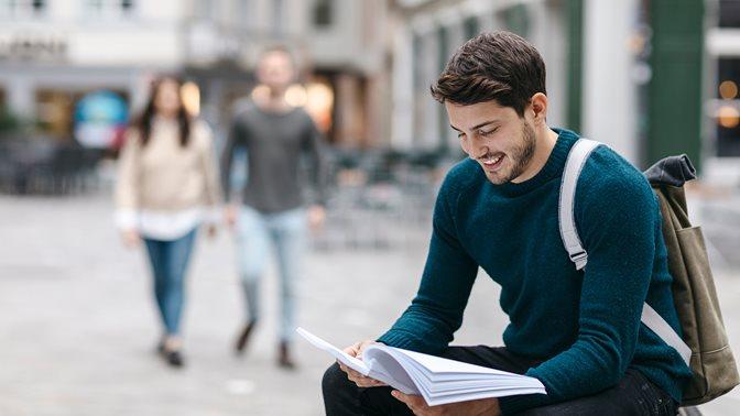 header bachelor rechtswissenschaft mit wirtschaftswissenschaften law and economics
